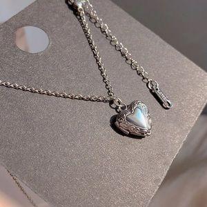 🤍Insta heart  locket pendant necklace